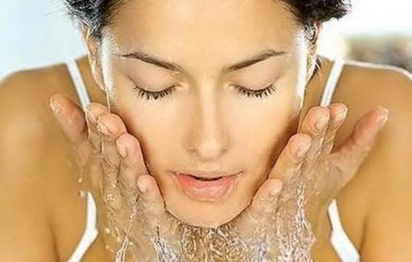 Что наносить на кожу лица после маски из глины